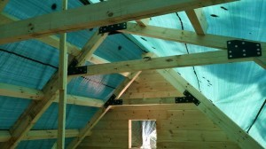 A-style and saltbox trusses, log home construction, Timberhaven, custom built log homes, kiln dried, laminated