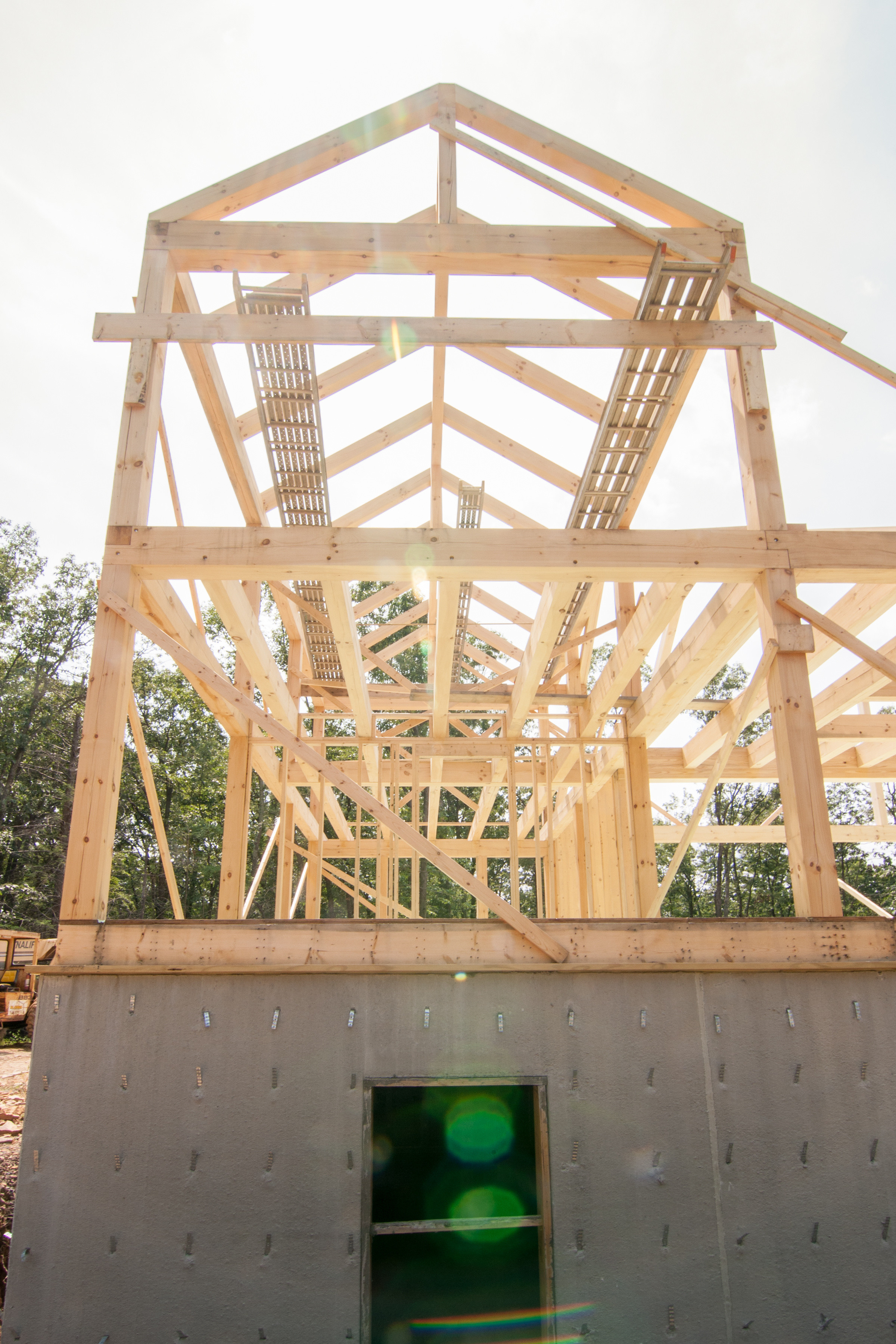 Beam roof design figure a 9 rafter ring beam connection for Post and beam construction plans