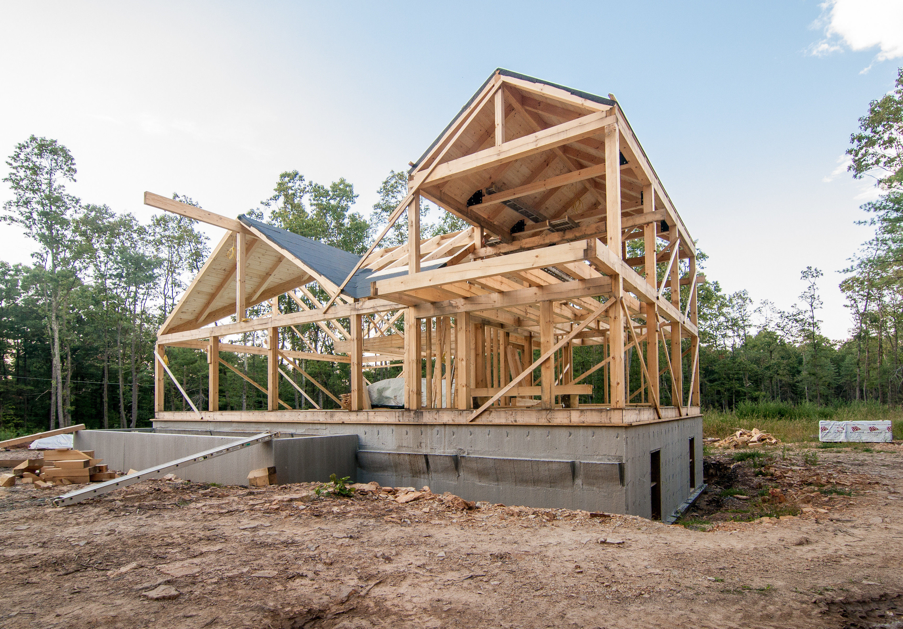 Post and beam homes under construction part 5 for 5 structural types of log homes