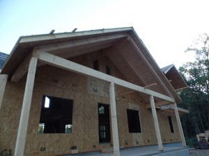 post and beam porch, compound cuts, White Pine, under construction, solid wood home, log homes, log cabins, log cabin kit, Pennsylvania home, Timberhaven, laminated, kiln dried