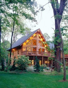 log home with prow front, solid log home, differences, log vs. timber frame homes, different home design options, log homes, log cabin homes, log cabins, post and beam homes, timberframe homes, timber frame homes, laminated logs, engineered logs, floor plan designs, kiln dried logs, log homes in PA, Timberhaven Log Homes, Timberhaven Log & Timber Homes