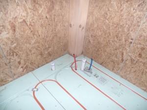 radiant floor heating installation, log homes, log cabins, timber frame homes, laminated logs, engineered logs, floor plan designs, kiln dried logs, log homes in Pennsylvania, Timberhaven Log Homes, Timberhaven Log & Timber Homes
