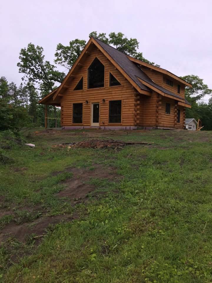 Lakeside Log Cabin Home